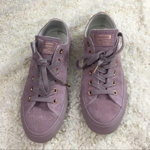 Converse All Star Low top suede rose gold sneakers
